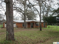 3 Beds, 1/1 Baths in Harwood, TX