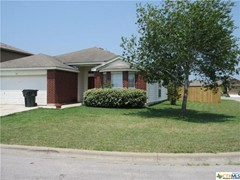 2 Beds, 1 Bath in Luling, TX